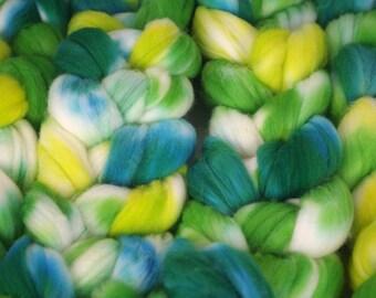 Superwash Targhee, 4 oz - greeny green green