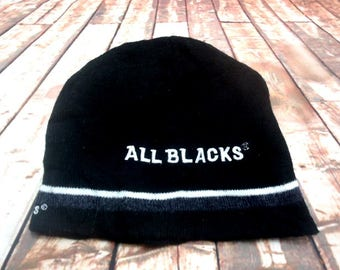 ALL BLACK Beanie Hat Knit Skull Caps Acrylic Excellent Condition Embroidered Logo
