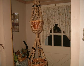 DOUBLE POT MACRAME