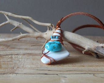 Sea Shell Necklace, Boho Necklace for Women, Florida Sea Shell Jewelry, Wire Wrapped Pendant, Ocean Necklace, Sea Shell Gifts Mom Friends