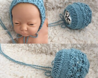 Newborn size knit bonnet,ready to ship,photo prop,gift,coming home