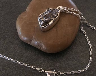Meteorite necklace in sterling silver, Sikhote-Alin meteorite