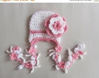 ON SALE 10% SALE Crochet Baby Girl Hat , Baby Hat Photo Prop , Knit Baby Hat , Crochet Flower Hat ,Photo Prop