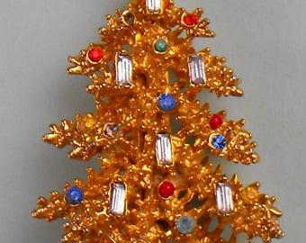 Vintage ART Christmas Brooch Candles