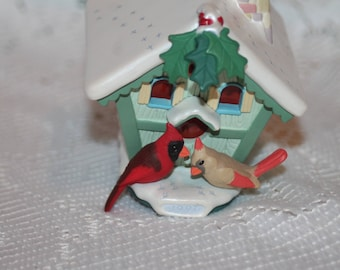 Hallmark Magic Ornament Holiday Serenade Vintage dated 1997 Makes chirping sounds and light