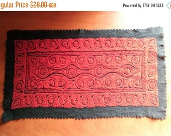 ON SALE 10% OFF Vintage Red black traditional Hungarian felt applique table runner