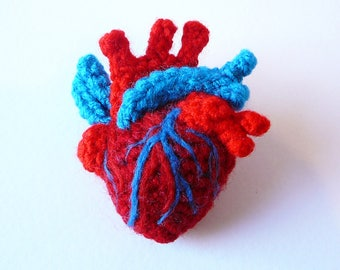 Crochet Anatomical Heart Brooch- Classic Red