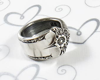 Vintage Spoon Ring - Floral - 1950 Starlight Pattern - Women's Christmas Gift