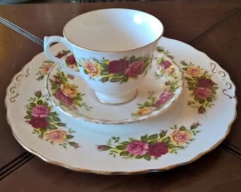 Royal Vale English Country Roses Vintage Tea cup set