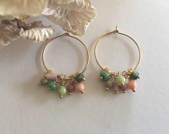 """Créoles or perles or et pierres agates, jades, apatites et bambous roses : Modèle """"Adina"""""""