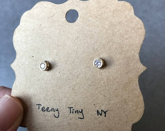 10K Solid Gold Tiny Clear CZ Stud Earrings 4mm - 10K Solid Yellow Gold