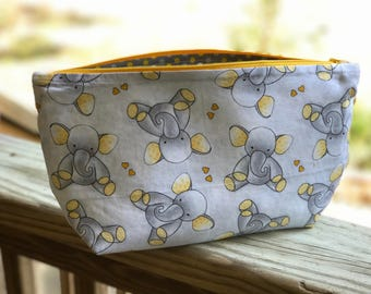 Zipper Diaper Clutch Bag Baby Elephant Print Fully Lined Gussetted Bottom