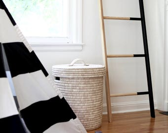 Found Ladder / Wooden Ladder / Blanket / Magazine / Towel / Minimal / Modern / White Ash
