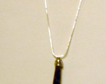 Amethyst healing stone sterling silver necklace  (ahs-unn)