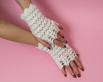 Crochet White Sparkle Fingerless  mittens, Lace wedding gloves, crochet Fingerless gloves, Women accessories, Crochet mittens, Eco Friendly