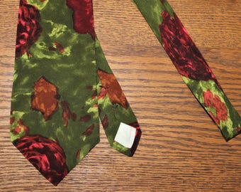 Vintage 1980's MISSONI CRAVATTE 100% silk NECKTIE ~ Abstract green red floral print ~ Made In Spain ~ Accesories Gifts for Men