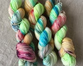 Hand-dyed sock yarn from Bluefaced-Leicester-sheep, high-twist, walking on sunshine, speckles Neon