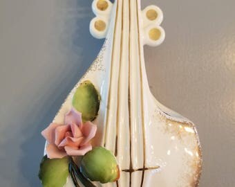 "7"" Delicate Lefton Bass Fiddle Wall Pocket Original Sticker On Back"