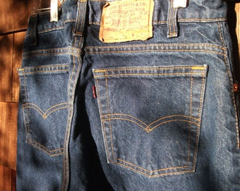 Vintage Levi's 505 30x30 Blue Jeans Actual 28x30 Made in USA