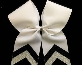 White with glitter v tail bow