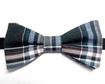 Green Plaid bowtie with straight edges