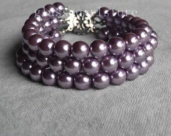 triple strand lilac pearl bracelet, glass pearl bracelet, wedding bracelet, bride bracelet, bridesmaid bracelet, pearl jewelry