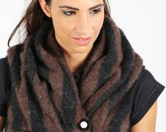 Warm microgilet striped black and Brown wool Alpaca mohair