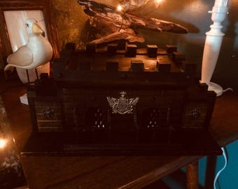 Mystic Adorable Castle with Decanter and Shot Glasses