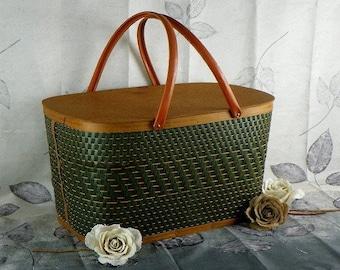 Large Vintage Burlington Wicker Picnic Basket with Sturdy Metal Handles