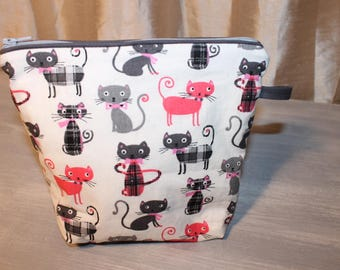 Purse, Tote, for pencils or makeup, pattern of cats, kittens