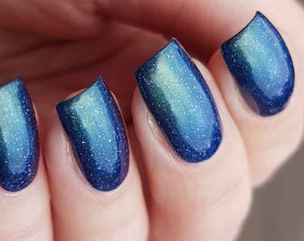 Pre-Order:Equinox~Shifting Science Collection Green/Purple Multichrome Holo 10ML