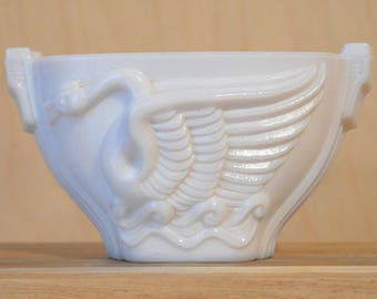White Planter With Swan, Monax Glass, Macbeth-Evans Glass Company, Swan Song