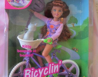 1996 Barbie Bicyclin' Whitney Friend of Stacie