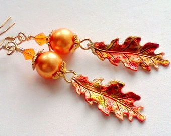 Oak Leaf Earrings, Painted Leaf Earrings, Hand Painted Jewelry, Autumn Jewelry, Nature Jewelry, Vintage Style, Woodland Theme, Leaf Dangles