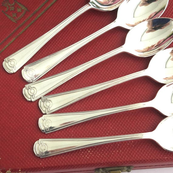 6 mid 20th century silver plated teaspoons in original red box, Art Deco inspired pattern, Grosvenor brand, Australia, circa 1950s