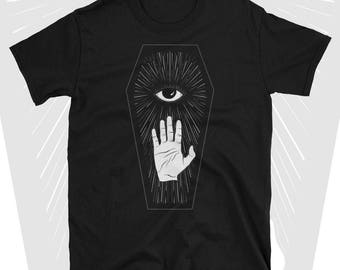 occult shirt / wicca / witchy / dark grunge / esoteric / nu goth / gothic fashion / pastel goth / tumblr aesthetic / all seeing eye / coffin