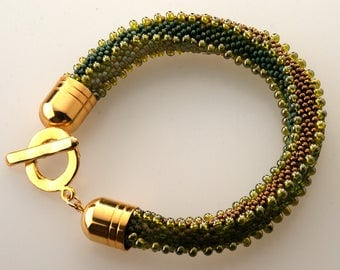 Jewelry- Bracelet- Beaded bracelet- Handmade-Green-bronze - Beaded crochet bracelet