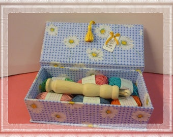 "For children in cardboard box and her knitting N 4 ""Daisies"" complete blue cardboard box"