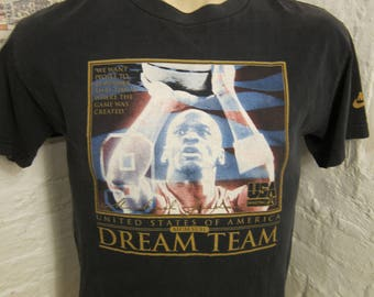 Size XL-- (42) ** Rare 1992 USA Basketball Dream Team Shirt (Single Sided)
