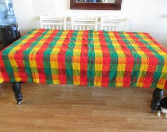 Table Cloth - Vibrant Colors - Checkered Table Cloth -  8 Matching Napkins - In Very Good Condition