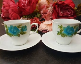 Vintage//bavaria/creidlitz/coffee tea cups and saucers 2//Golden edge//blue flowers//second hand dealer//porcelain//good condition.