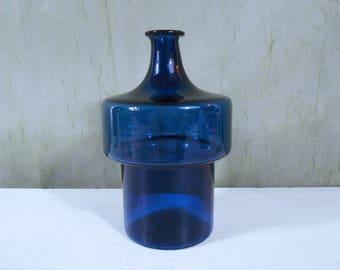 Art Glass Bottle in Cobalt Blue by Timo Sapaneva for Iittala, Finland I Series