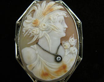 c458 Vintage Large Cameo in 14k Yellow Gold Setting Convertible Brooch or Pendant