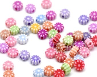 6mm Flower Beads Pack of 200 mixed assorted colours. 6mm beads. Pastel Beads. Acrylic Beads. Round flower beads. Destash Beads.