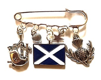 Scotland themed keepsakes~Scotland kilt pin brooch~Scotland themed keyring