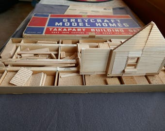 House building Kit, Dollhouse builders check