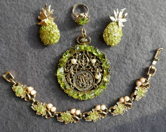 Peridot set from Hawaii