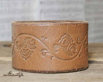 CUSTOM HANDSTAMPED wide light brown leather cuff with flower design by mothercuffer