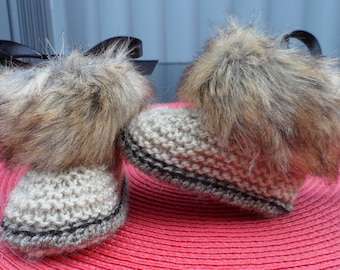 Baby shoes, baby boots, faux fur, fur UGGS