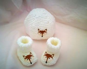 Hat Fox white woolen slippers